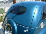 Rear oval and split window panel _